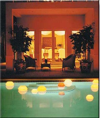 Velas flutuantes para piscina loja das velasloja das velas - Velas para piscinas ...